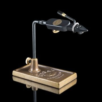 Regal Eng. Medallion  Vise - Big Game Head