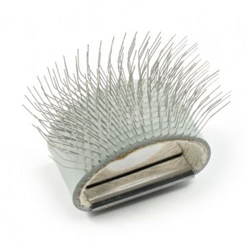 Hareline Finger Dubbing Brush
